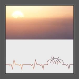 Motiv Herzschlag mit Rad oder Fahrrad auf Fensterfolie