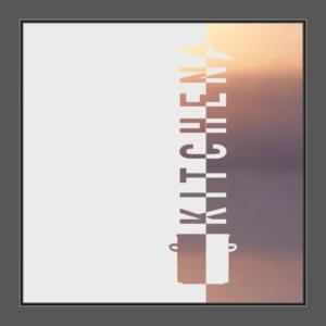 Motiv Kochtopf mit Deckel und Text: Kitchen auf Fensterfolie