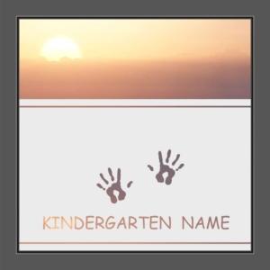 Motiv Kindergarten mit Text auf Fensterfolie